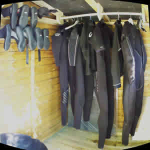 Croyde Bay B&B accommodation - Wetsuit drying area